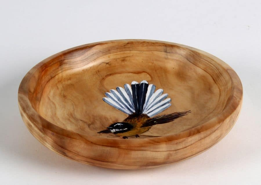 Fantail in Bowl