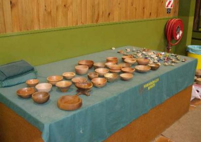 Compulsory projects were bowls and tops and the table filled rapidly