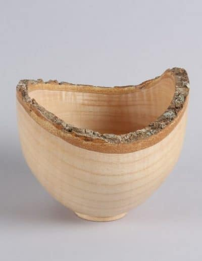 <h4>Highly Commended:</h4><h2> Mike Osborne</h2><h5> Bowl</h5><h5> Ash</h5>